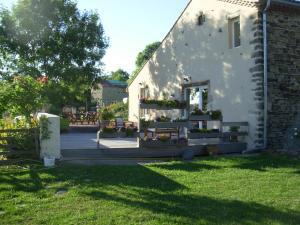 Le Jardin des Pierres Brunes