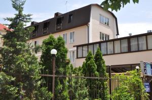 Lilia Guest House, Penzióny  Lazarevskoye - big - 1