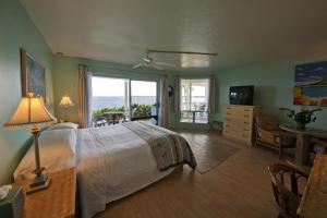 King Room with Ocean View 2