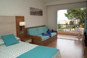 Invisa Hotel Club Cala Verde, Hotels  Es Figueral Beach - big - 10