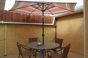 Modern Home in Burbank, Case vacanze  Burbank - big - 2
