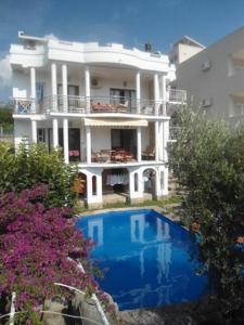 Apartments Pekic