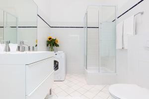 Rafael Kaiser – Budget Design Apartments Vienna, Апартаменты  Вена - big - 17