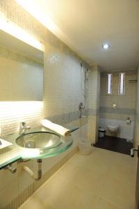 Hotel Lee International, Hotels  Kalkutta - big - 31
