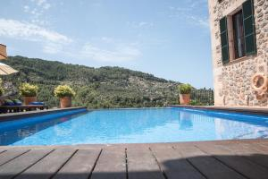 Villa Can Sarales Deia, Villas  Deia - big - 3