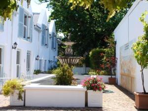 Auberge La Dauphine Guest House, Penzióny  Franschhoek - big - 2