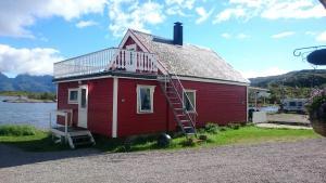 Hammerstad Camping, Комплексы для отдыха с коттеджами/бунгало  Сволваер - big - 54