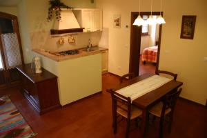 B&B Casale Virgili, Bed & Breakfast  Siena - big - 25