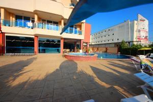 Menada Esperanto Apartments, Apartmány  Slunečné pobřeží - big - 122