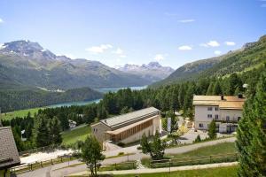 Berghotel Randolins - Hotel - St. Moritz