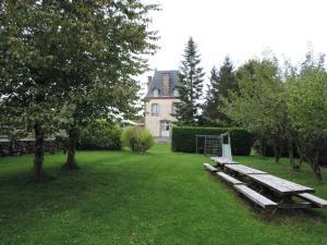 Le Chateau De Montmireil, Ferienhäuser  Canisy - big - 19