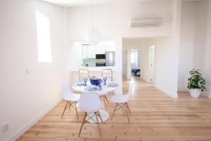 Loving Chiado, Appartamenti  Lisbona - big - 75