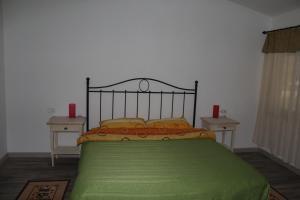 La Roca, Guest houses  Grinţieşu Mic - big - 8