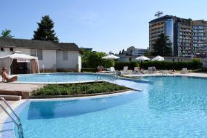 Balaton Hotel, Szállodák  Napospart - big - 43