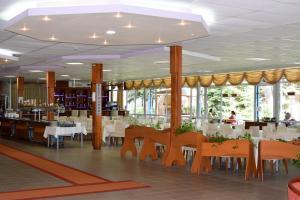 Balaton Hotel, Szállodák  Napospart - big - 32