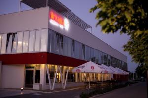 Hotel Arkadia Jelcz-Laskowice