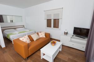 Apartamentos Piza, Ferienwohnungen  Colònia de Sant Jordi - big - 38