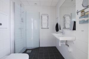 Hotel Skansen, Hotely  Färjestaden - big - 24