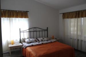 La Roca, Vendégházak  Gerinces - big - 3