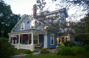 The Dawson House B&B, Panziók  Charlottetown - big - 1