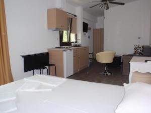 Petrouda's Apartments