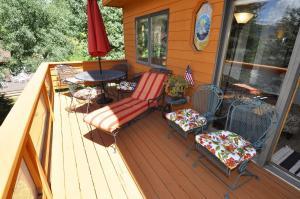 Three-Bedroom Home in Corinthian Hills, Prázdninové domy  Dillon - big - 5