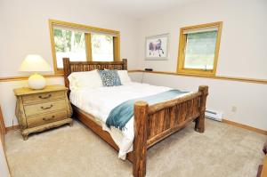 Three-Bedroom Home in Corinthian Hills, Prázdninové domy  Dillon - big - 13