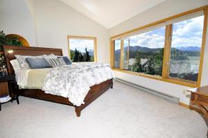 Three-Bedroom Home in Corinthian Hills, Prázdninové domy  Dillon - big - 23