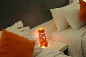 The Original Orange Hotel, Отели  Накхонситхаммарат - big - 43