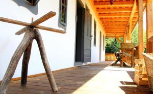 Dobrica Hunting Lodge, Lodges  Bixad - big - 10