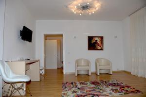 Grand White City Hotel, Отели  Берат - big - 23