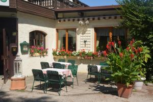 Pension Sommer's Jausenplatzerl, Guest houses  Purkersdorf - big - 1