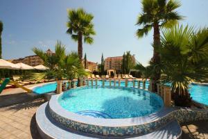 Menada Aphrodita Palace Apartments
