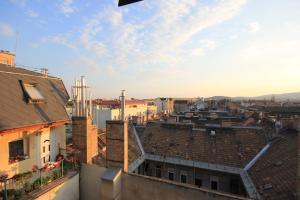 Lovely Duplex Flat, Apartmanok  Budapest - big - 16