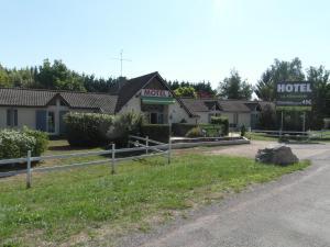 Hôtel La Mirandole, Szállodák  Tournus - big - 38