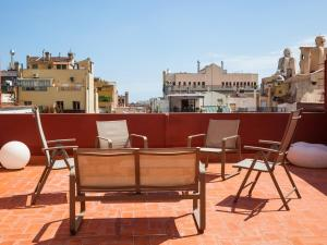 Three-Bedroom Penthouse with Terrace