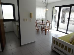 Apartamentos Diagonal, Appartamenti  La Plata - big - 23