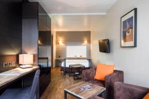 Sweetôme Aparthotel, Apartments  Lille - big - 28