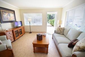 Grand Luxury  One-Bedroom Suite