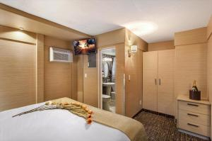 One-Bedroom Suite (4 Adults)