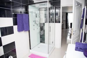 Alma Apartments, Ferienwohnungen  Mamaia Nord – Năvodari - big - 32