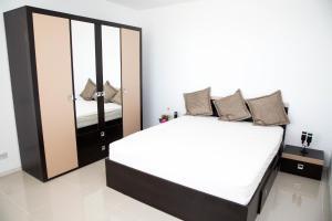 Alma Apartments, Ferienwohnungen  Mamaia Nord – Năvodari - big - 13