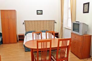 Arika Vendégház, Appartamenti  Gyula - big - 2