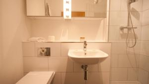 IFSC Dublin City Apartments by theKeyCollection, Apartmanok  Dublin - big - 3