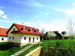 Privat Villa Lypche