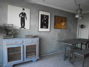 Vintage apartment, Apartmanok  Cannes - big - 31