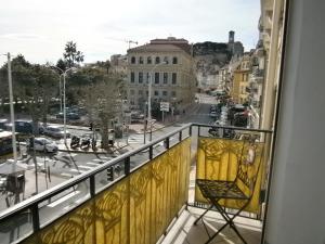 Vintage apartment, Apartmanok  Cannes - big - 39