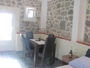 Holiday Home Brinic, Nyaralók  Tivat - big - 12