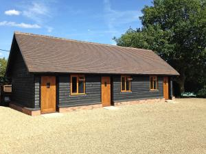 The Old Stable Yard, Bed and breakfasts  Dartford - big - 9
