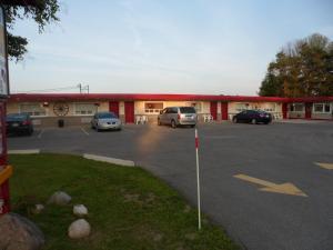 The Silver Birch Motel, Мотели  Goderich - big - 61